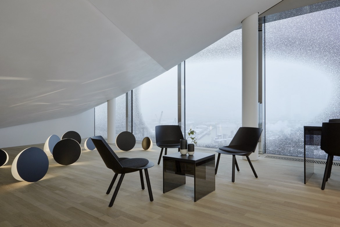 22_ELB_furnishing_rooms_sky_lounge